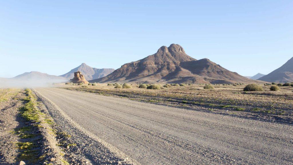 Vistas del Valle de Twyfelfontein en Namibia